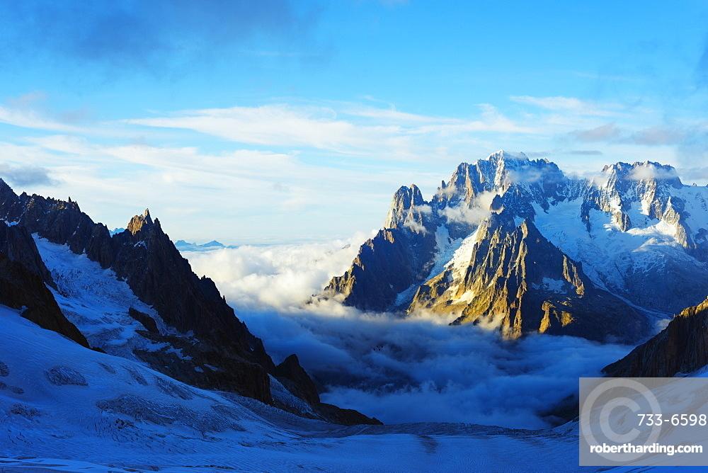 Aiguille Verte and Les Drus, Vallee Blanche, Chamonix, Rhone Alps, Haute Savoie, France, Europe