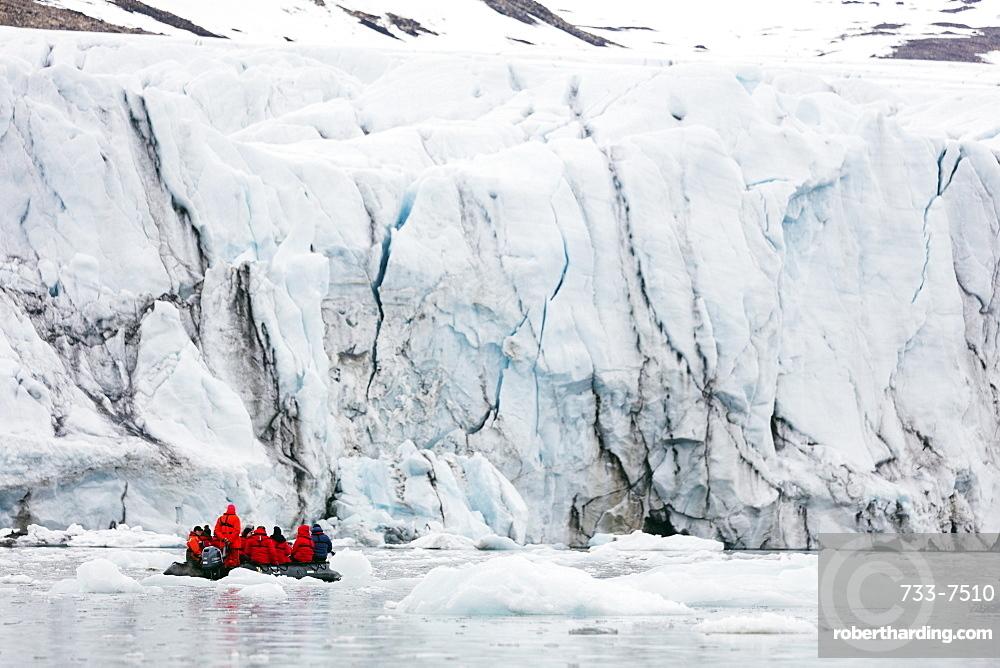 Zodiac trip for tourists, Hornbreen Glacier, Spitsbergen, Svalbard, Arctic, Norway, Europe