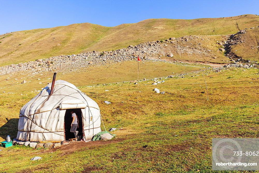 Yurt near Songkol Lake, Kyrgyzstan, Central Asia, Asia