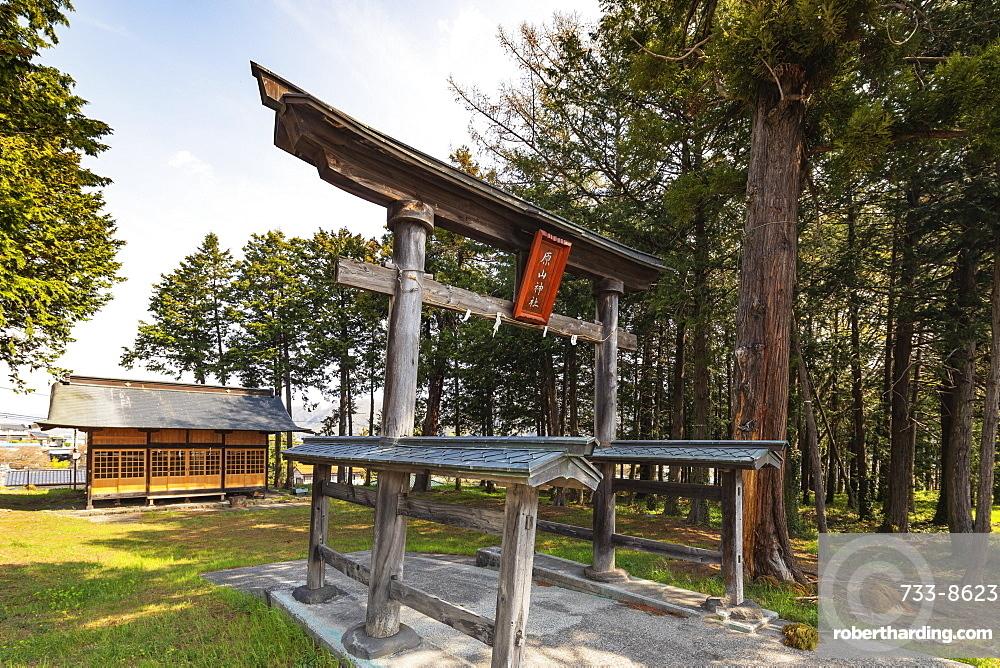 Harayama Jinja Shinto shrine, wooden torii gate with roofed beams, Nagano Prefecture, Honshu, Japan, Asia