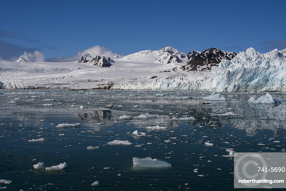 Lilliehook Glacier, Spitsbergen, Svalbard Islands, Arctic, Norway, Europe