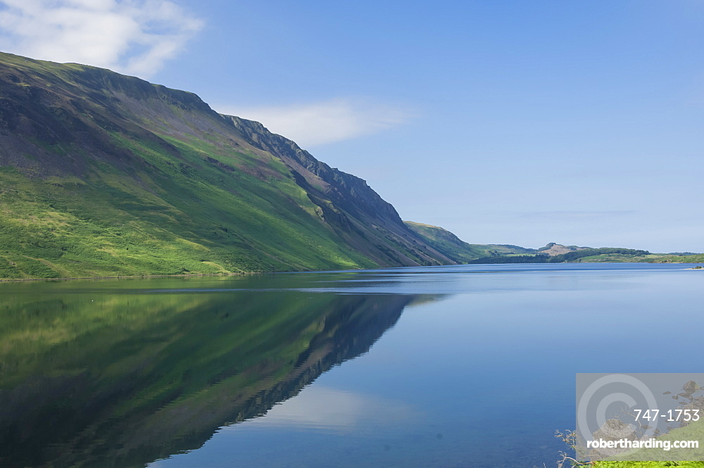 Wastwater and the Screes, early morning, Wasdale, Lake District National Park, Cumbria, England, United Kingdom, Europe