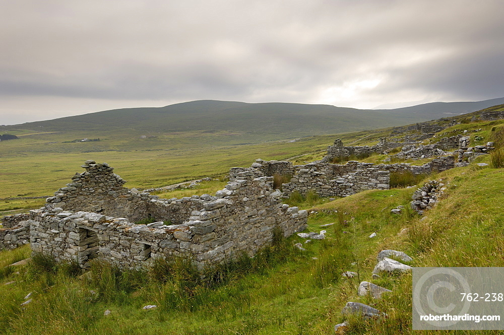 Deserted village at the base of Slievemore mountain, believed to have been abandoned during the great famine, Achill Ireland, County Mayo, Connacht, Republic of Ireland (Eire), Europe