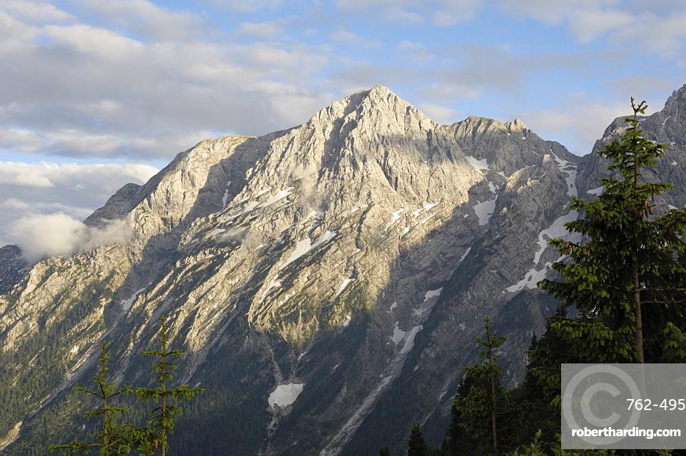 Hoher Goll mountain range seen from the Rossfeld Panoramastrasse (Rossfeldhoehenringstrasse or Panoramic Highway), Berchtesgaden, Bavaria, Germany, Europe