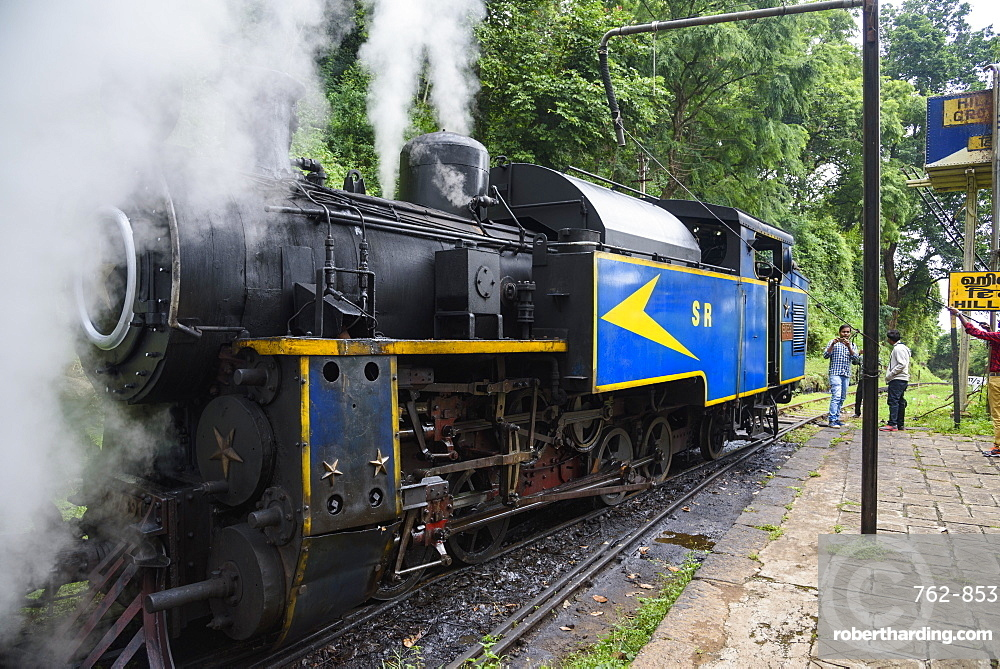 Steam locomotive on the Nilgiri Mountain Railway, between Ooty and Mettupalayam, Tamil Nadu, India, South Asia
