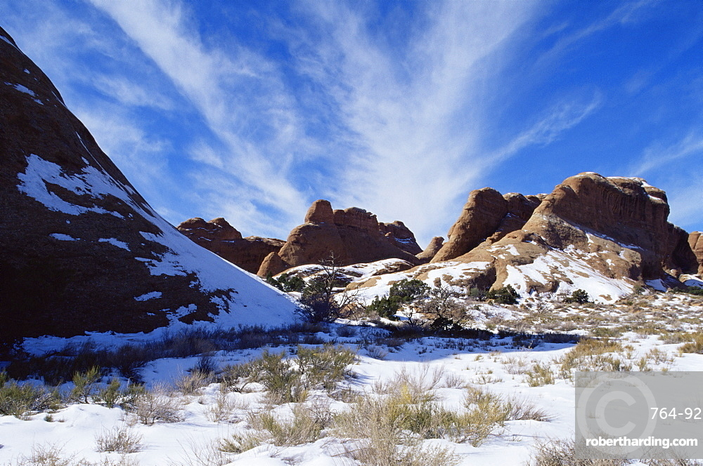 Devil's Garden, with snow, Arches National Park, Utah, United States of America, North America