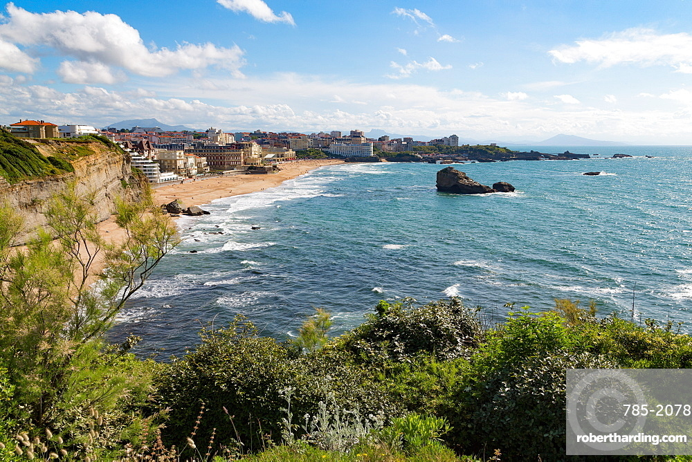 The beach and seafront in Biarritz, Pyrenees Atlantiques, Aquitaine, France, Europe