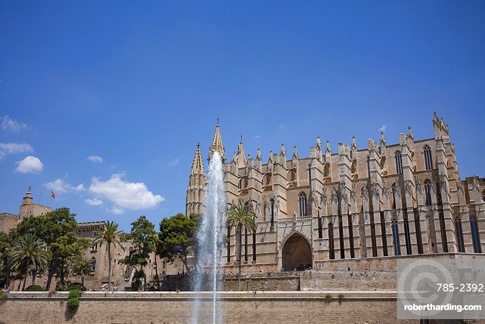 Fountain in front of the gothic cathedral of Santa Maria of Palma (La Seu) in Palma on the Mediterranean island of Mallorca