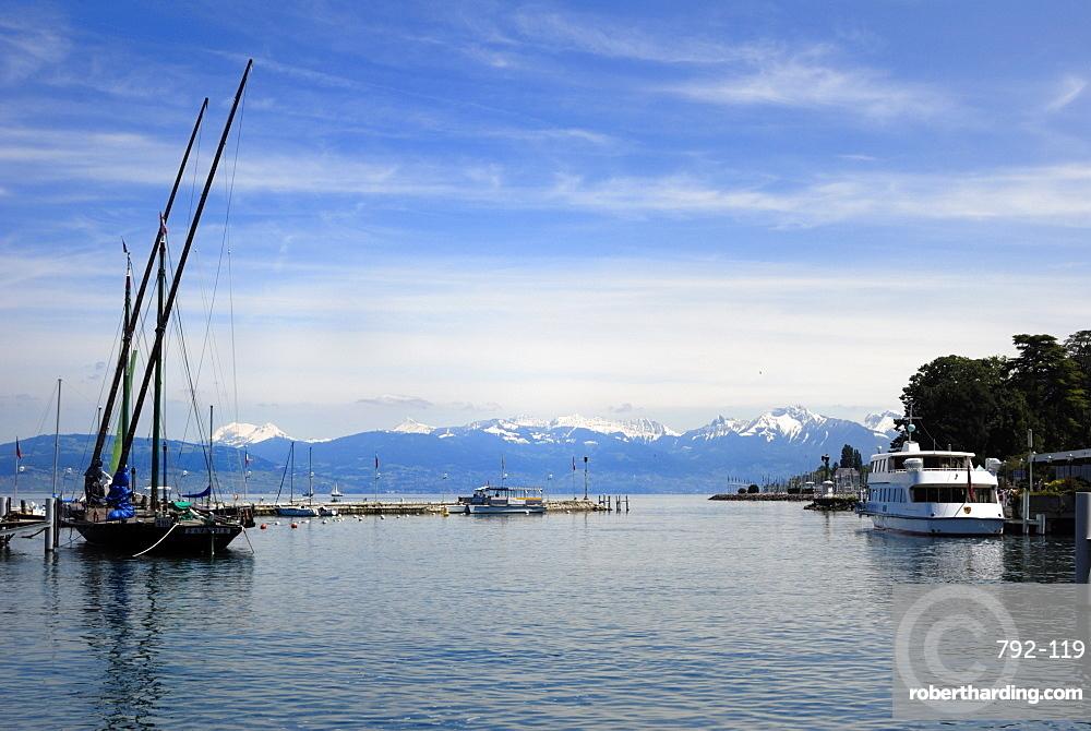 Port des Mouettes, Lac Leman (Lake Geneva), Evian-les Bains, Haute-Savoie, France, Europe