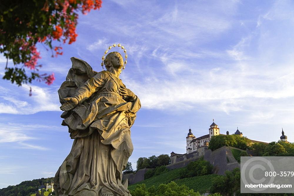 Statue on Old Main Bridge, Wurzburg, Bavaria, Germany, Europe