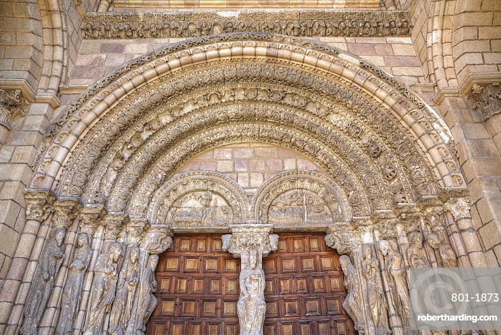 Detailed doorway entrance, Basilica de San Vincente, Avila, UNESCO World Heritage Site, Castile and Leon, Spain, Europe