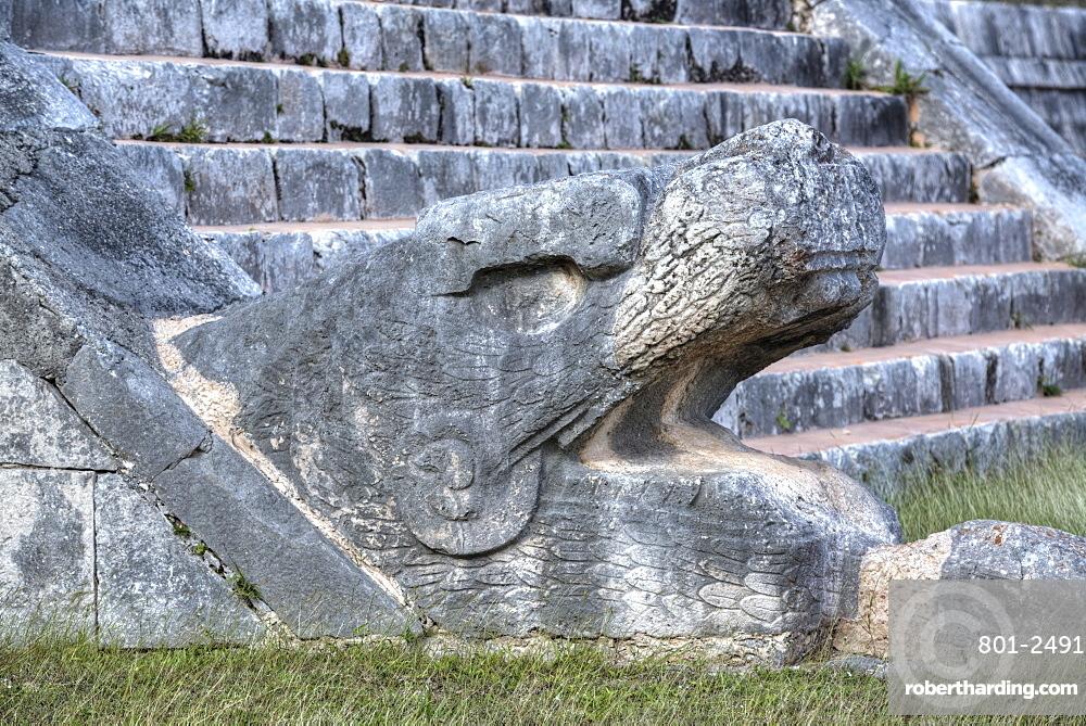Serpent Head, El Castillo, Chichen Itza, UNESCO World Heritage Site, Yucatan, Mexico, North America