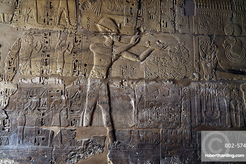 Inside Karnak Temple, UNESCO World Heritage Site, Luxor, Thebes, Egypt, North Africa, Africa