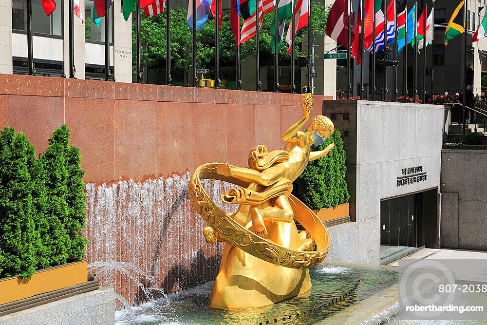 Prometheus Statue Wearing Mask During Coronavirus, Covid-19 Pandemic, Rockefeller Center, Plaza, Manhattan, New York City, USA