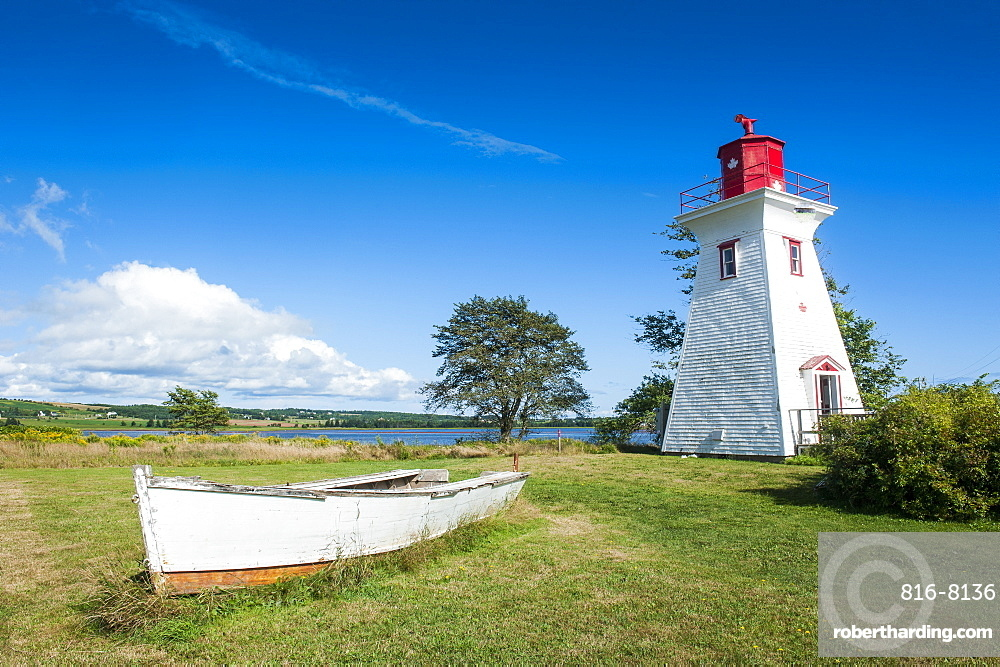 Little lighthouse in the harbour of Victoria, Prince Edward Island, Canada, North America
