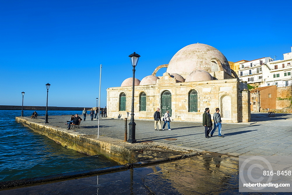 Mosque of the Janissaries, in the Venetian port of Chania, Crete, Greek Islands, Greece, Europe