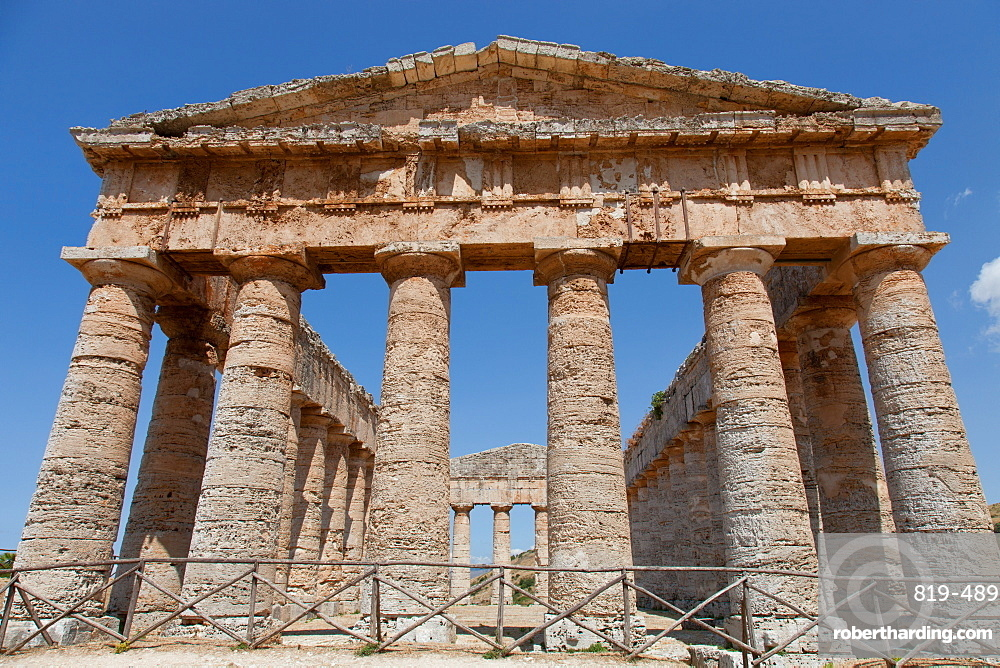 The Doric Temple of Segesta, the most important Elymian city in Sicily, Italy, Europe