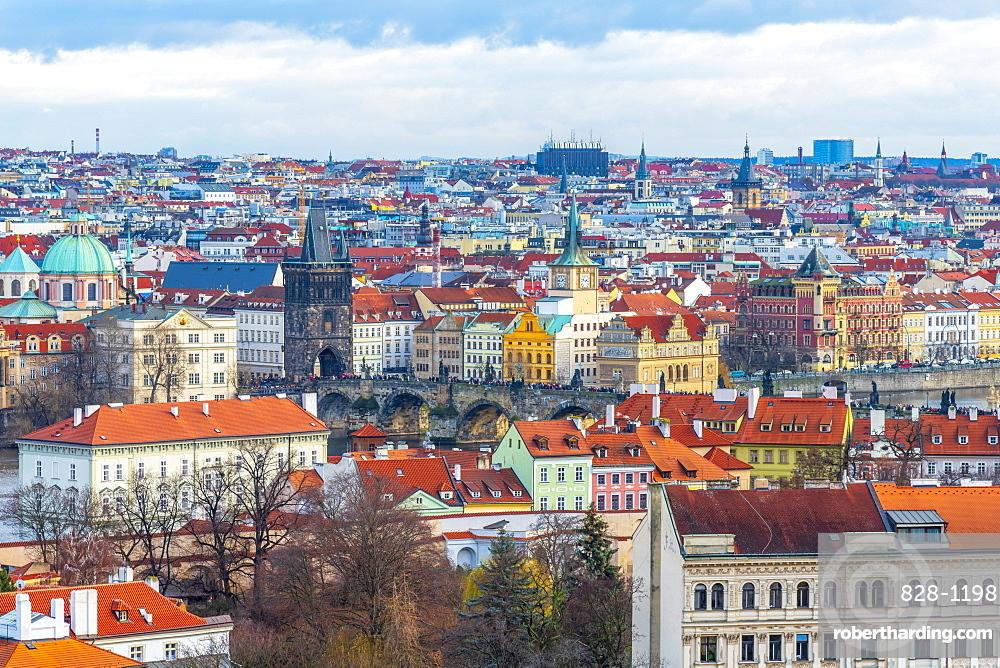 Charles Bridge, Stare Mesto (Old Town), UNESCO World Heritage Site, Prague, Czech Republic, Europe