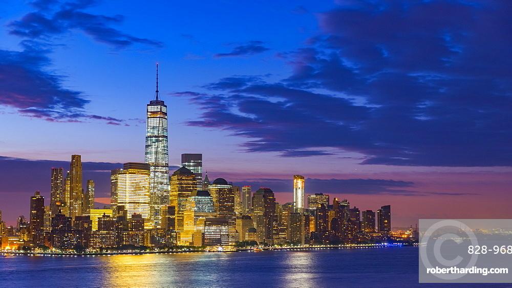 New York skyline, Manhattan, Lower Manhattan and World Trade Center, Freedom Tower across Hudson River, New York State, United States of America, North America