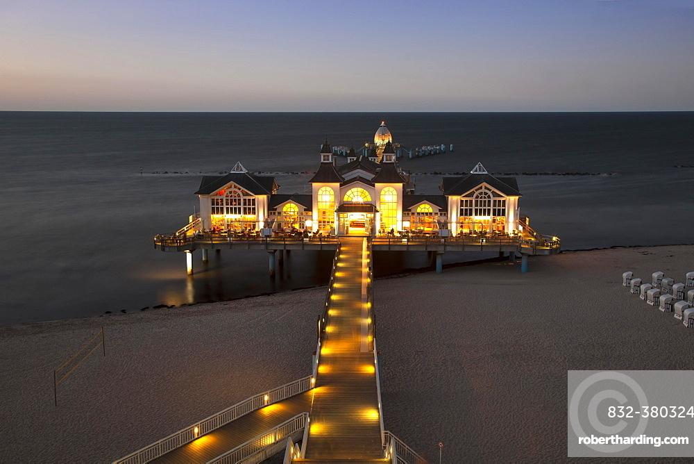 New pier, illuminated, dusk, Baltic seaside resort Sellin, Rügen Island, Mecklenburg-Western Pomerania, Germany, Europe