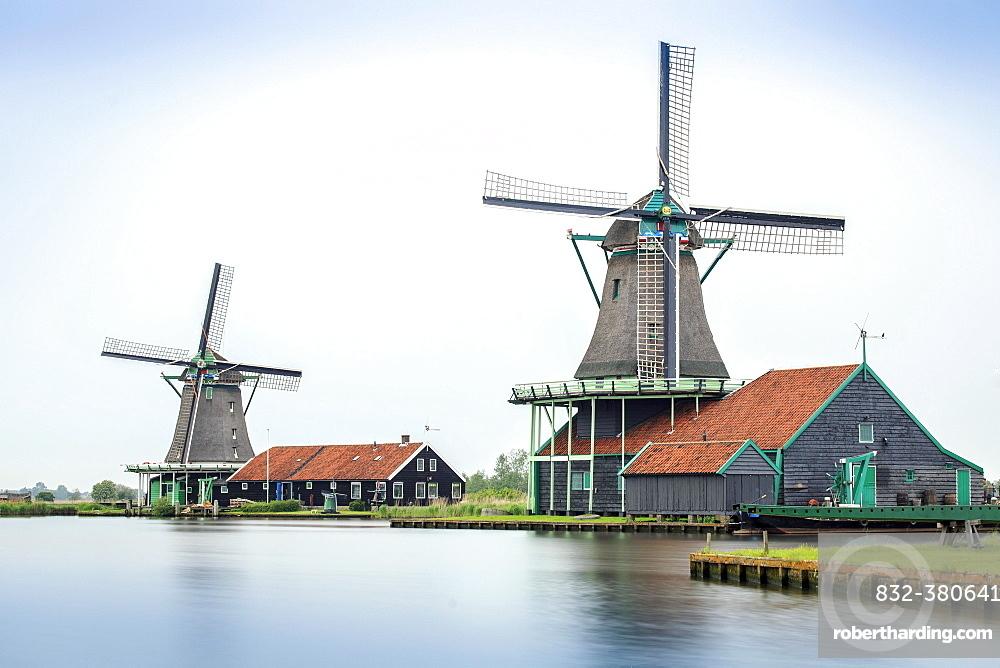 Old windmills, Zaanse Schans, open-air museum, Zaanstad, North Holland, Holland, Netherlands