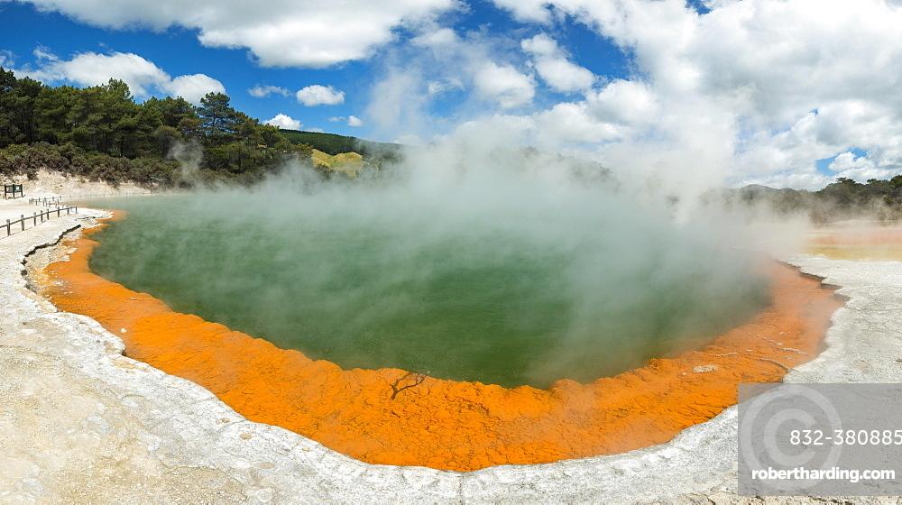 Champagne Pool, hot thermal spring, Waiotapu, Waiotapu, Roturoa, North Island, New Zealand, Oceania
