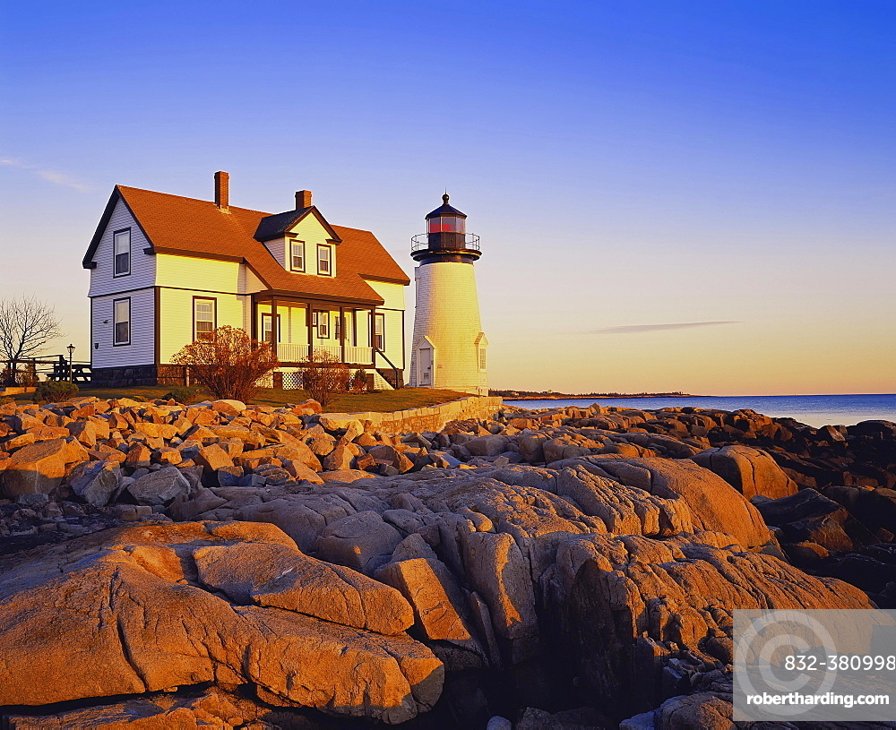 Prospect Harbor Point Light, Gouldsboro, Maine, New England, USA, North America