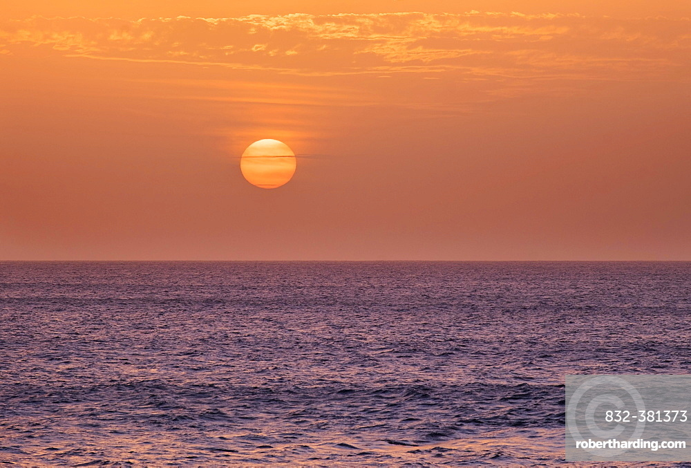 Sun setting over ocean, Atlantic, La Gomera, Canary Islands, Spain, Europe