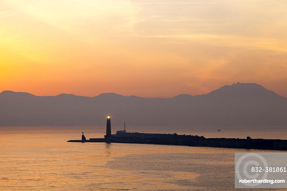Molo San Vincenzo, harbor entrance at sunrise, Naples, Campania, Italy, Europe