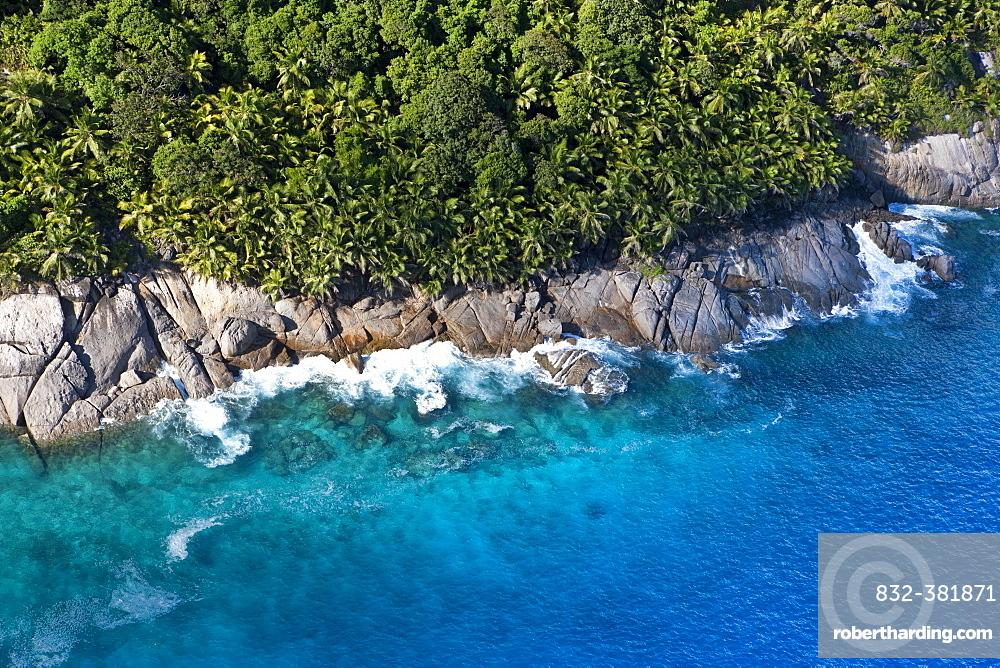 Coast at Ponte Maloopa, Mahé Island, Seychelles, Indian Ocean, Africa