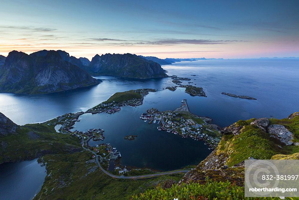 View from Reinebringen, Reinebriggen, 442m, midnight sun, towards Hamnoy, Reine and Reinefjord with mountains, Moskenes, Moskenesøy, Lofoten, Norway, Europe
