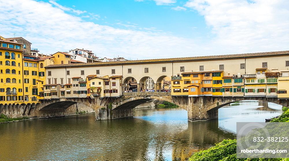 Ponte Vecchio, Arno River, Florence, Tuscany, Italy, Europe