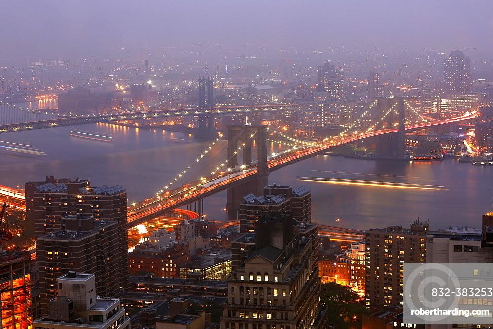 Brooklyn and Manhattan Bridge at dusk, Manhattan, New York City, New York, United States, North America
