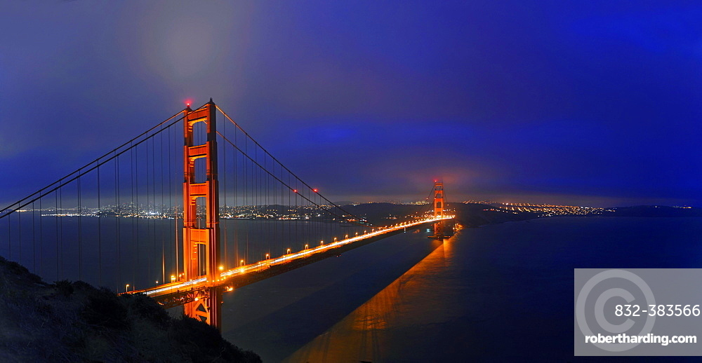 Golden Gate Bridge at dusk, San Francisco, California, United States, North America