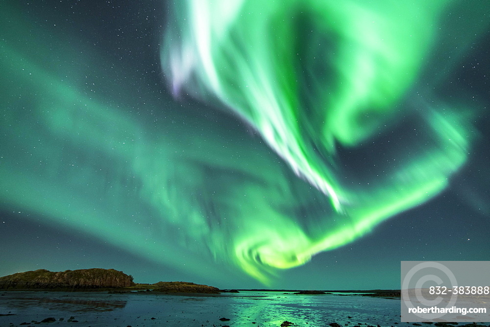 Northern Lights, Borgarnes, Snaefellsnes, Iceland, Europe