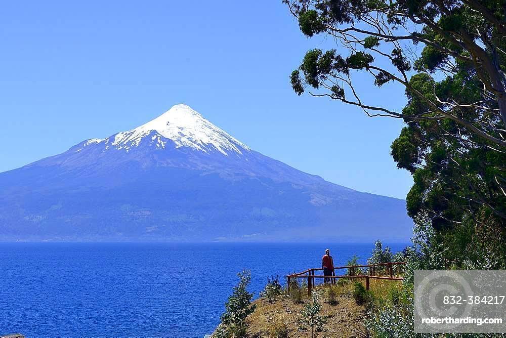 Volcano Osorno with snow cap at Lago Llanquihue, Region de los Lagos, Chile, South America