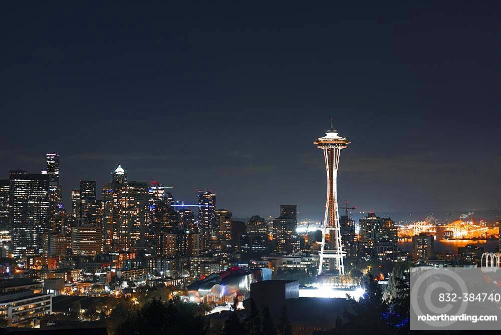 View over Seattle skyline with observation tower Space Needle, night scene, Seattle, Washington, USA, North America