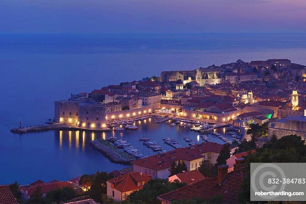 Old Harbour and the historic centre at dusk, Dubrovnik, Dalmatia, Croatia, Europe