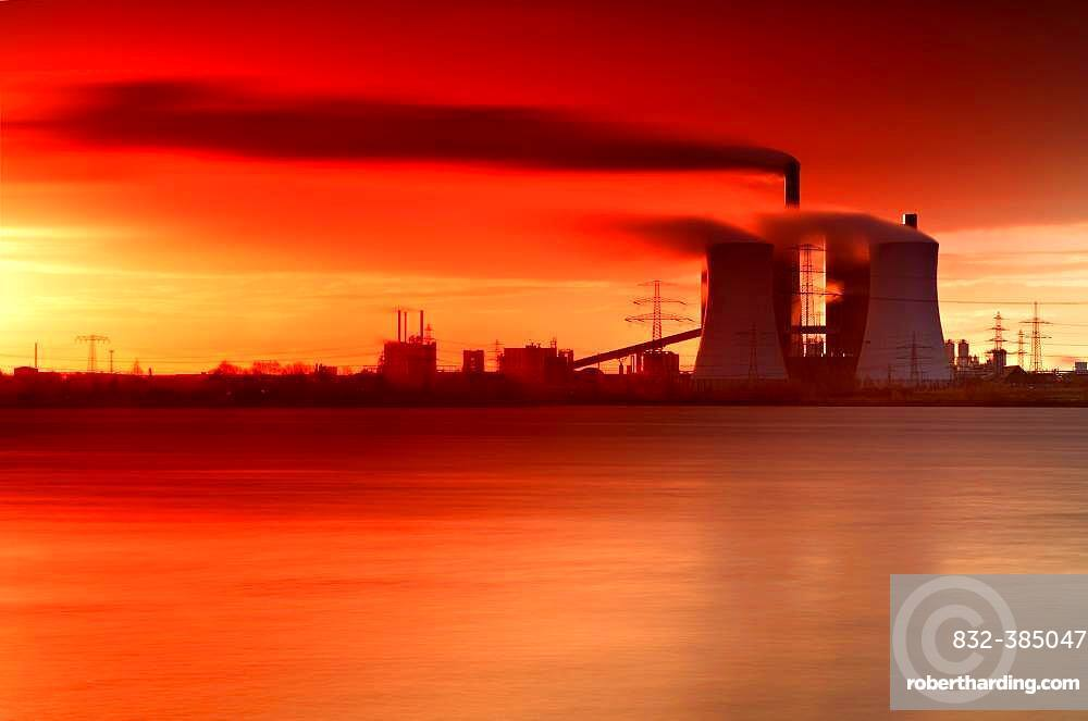 Lignite-fired power plant, Schkopau am See power plant at sunrise, long-term exposure, Saxony-Anhalt, Germany, Europe