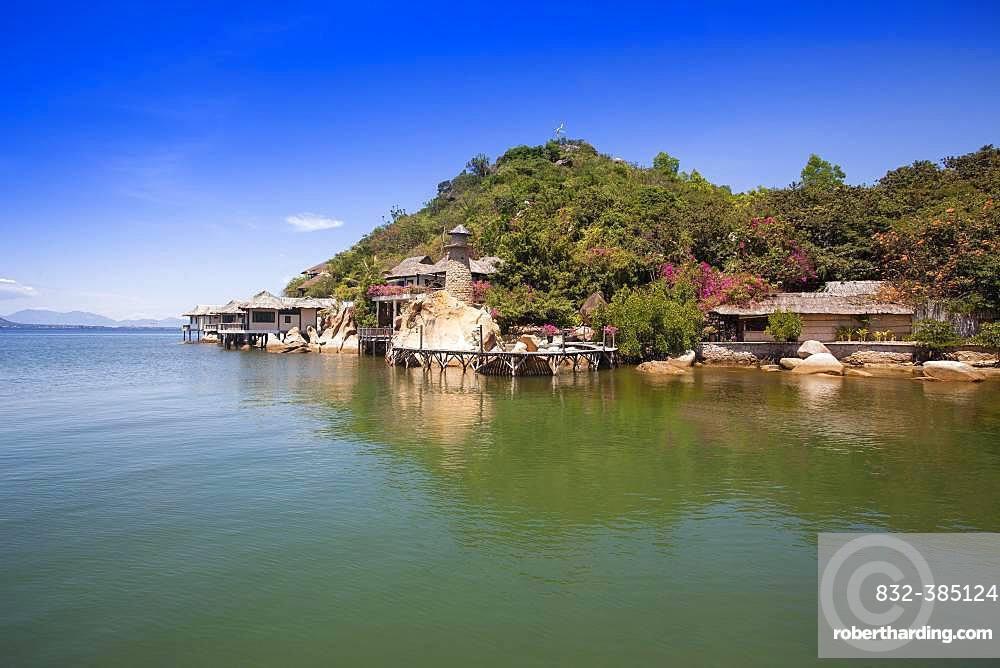 Small bungalow resort Ngoc Suong, Cam Ranh Bay, South China Sea, Cam Ranh Bay, Vietnam, Asia