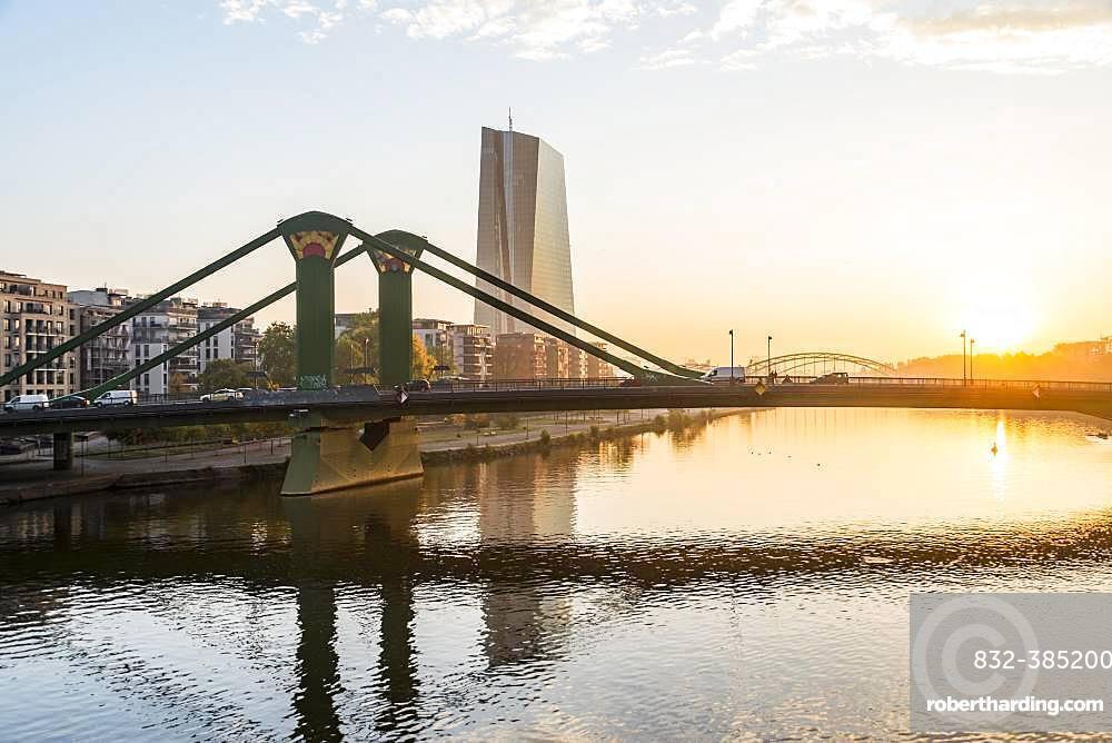European Central Bank, ECB with raft bridge, sunrise, Frankfurt am Main, Hesse, Germany, Europe