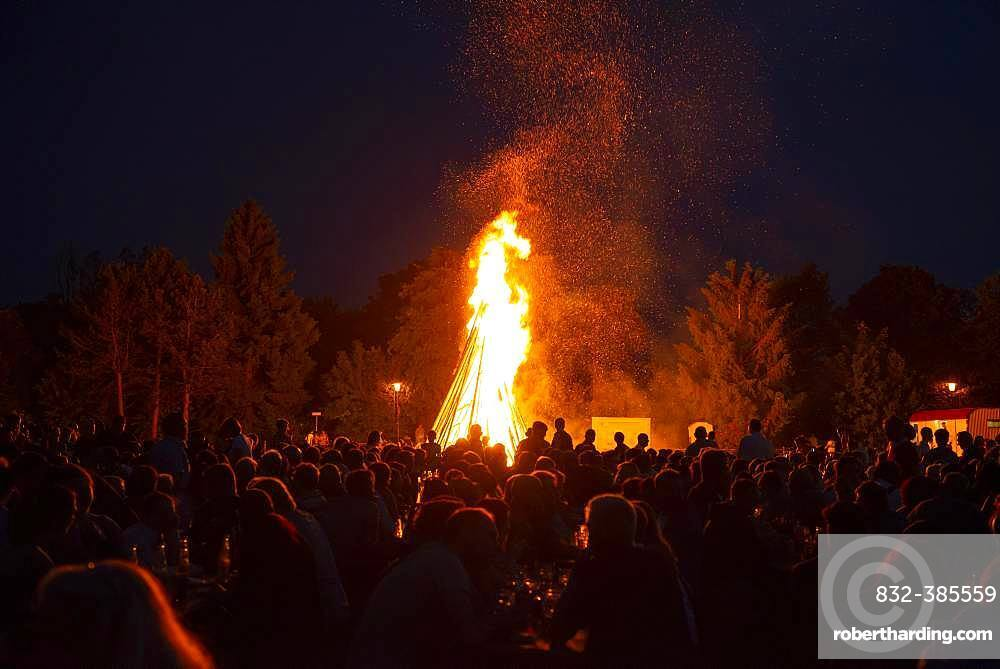 Midsummer Fire, Johannifeuer, Gelting, Upper Bavaria, Bavaria, Germany, Europe