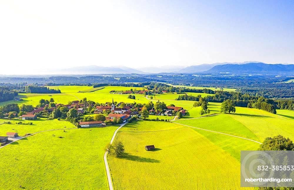 Peretshofen near Dietramszell, Toelzer Land, Upper Bavaria, Bavaria, Germany, Europe