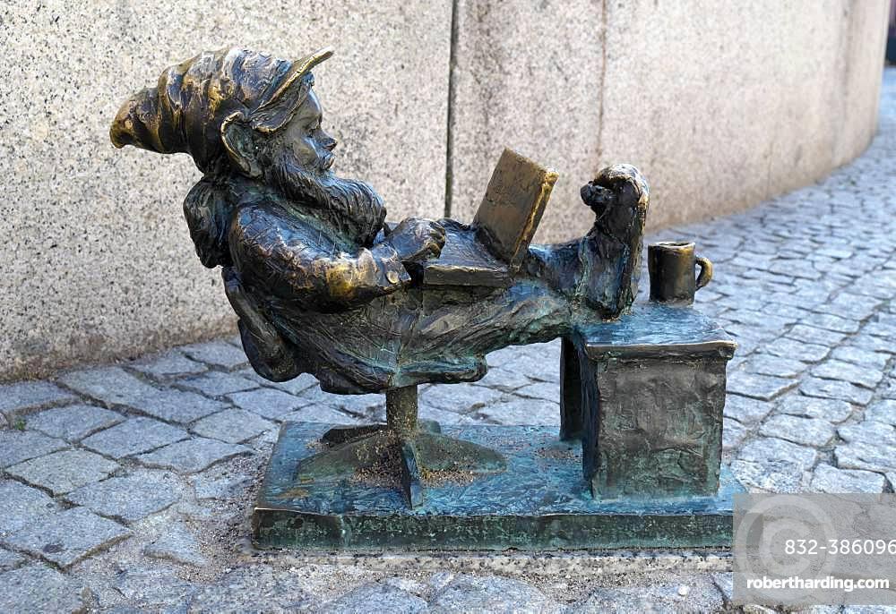 Programmer Capgeminiusz, Wroclaw's dwarfs, Wroclaw, Poland, Europe