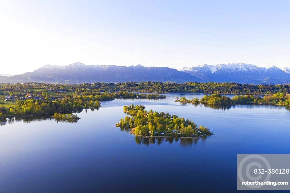 Lake Staffelsee with Buchau Island, Seehausen at Stafelsee, aerial view, Alpine foothills, Upper Bavaria, Bavaria, Germany, Europe