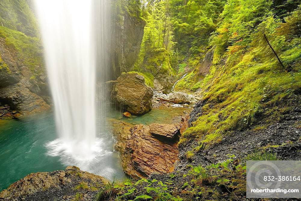 Waterfall Berglistueber, Linthal, Klausenpass, Canton Glaraus, Switzerland, Europe