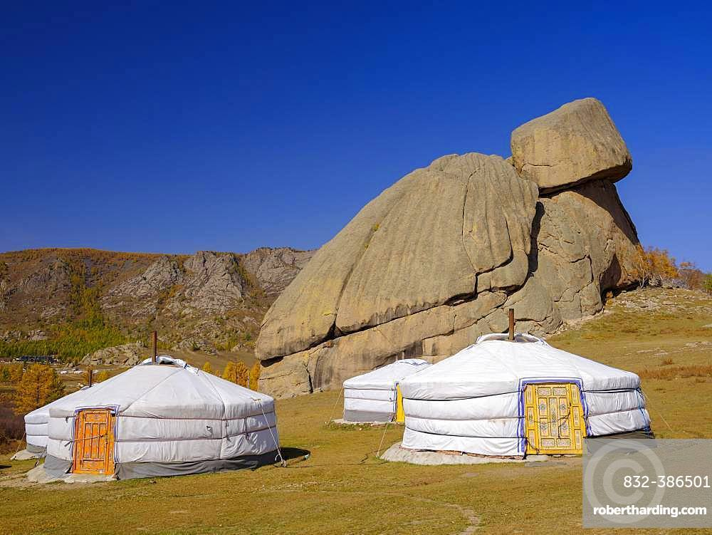 Yurts under the Turtle Rock, in Gorky Terelj National Park, Gorky Terelj National Park, Ulaanbaatar, Ulan Bator, Mongolia, Asia