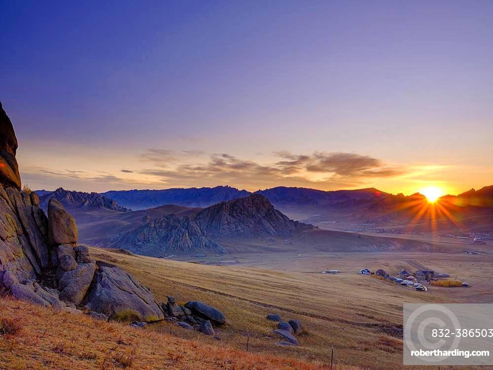 Sunrise in Gorchi Terelj National Park, Ulan Bator, Mongolia, Asia