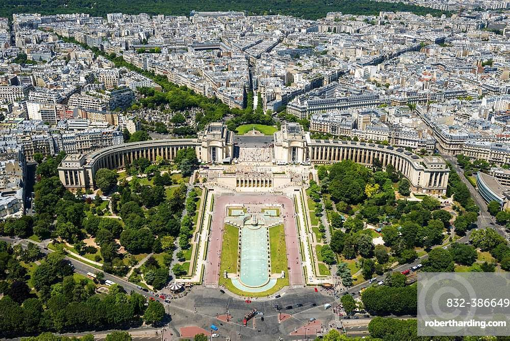 View from the Eiffel Tower to the Jardins du Trocadero, Paris, France, Europe