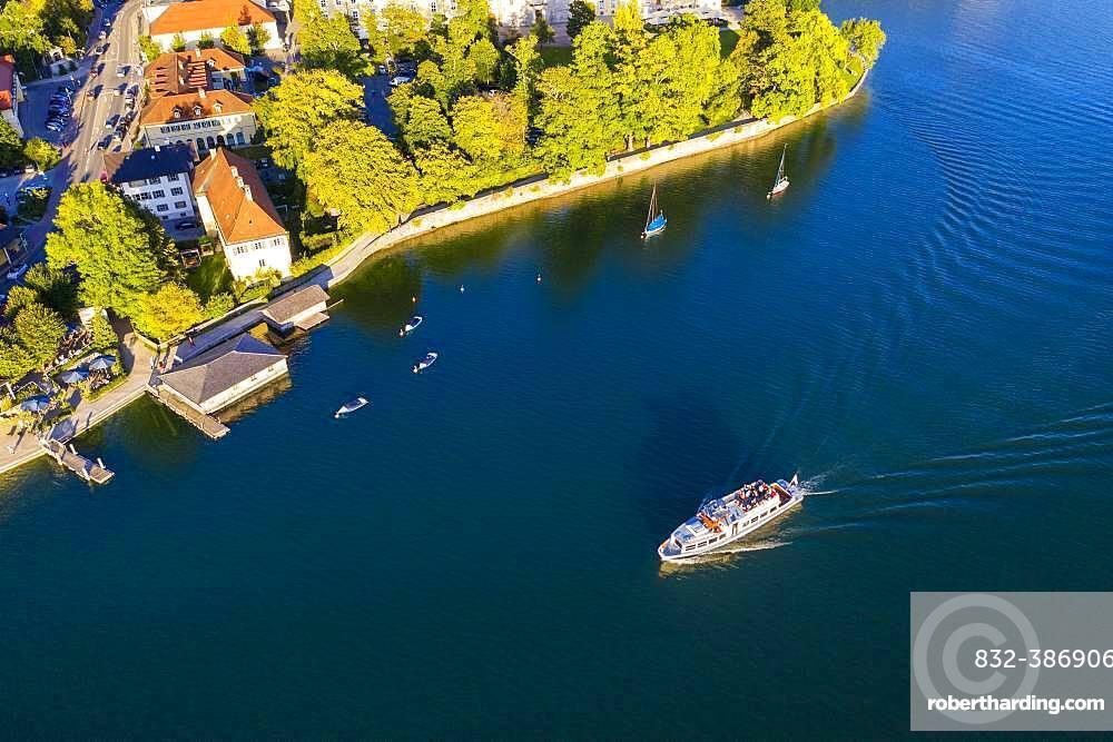 Excursion boat on Lake Tegernsee, place Tegernsee, drone shot, Upper Bavaria, Bavaria, Germany, Europe